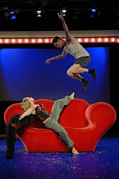 I Love You, You're Perfect, Now Change, Musical - Benjamin Geipel als Mann1/Robert/Moderator